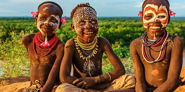 Omo-Valley-Ethiopia-Luxury-Adventure-Travel-Southern-Ethiopia-children-001