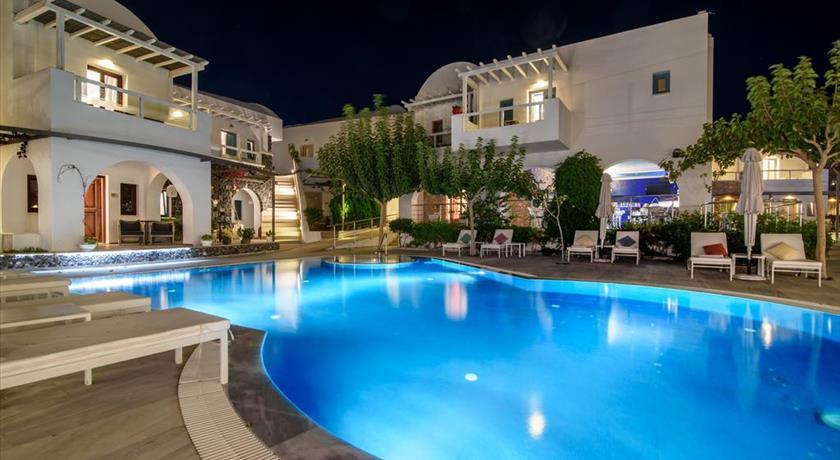 Santorini-kamari-hotels-la-mer-deluxe-hotel-and-spa-9