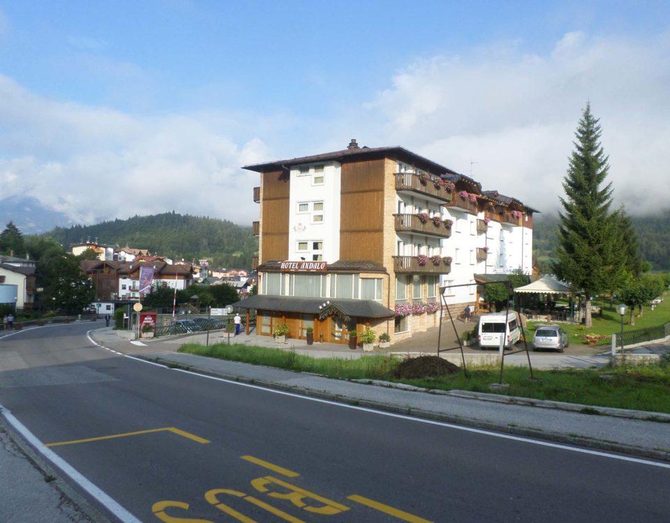 hotel-andalo-esterno